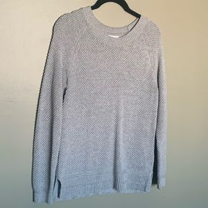 Old Navy grey knit crew neck size M